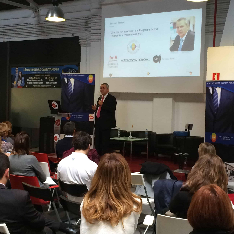 Juanma Romero presentador y director de Emprende y Emprende Digital de TVE en el desayuno del Talento en la Era Digital - Magnetismo Personal